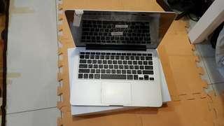 2015款 Macbook Pro Retina 13吋 8G/128G 90%新 剛剛原廠換全新螢幕