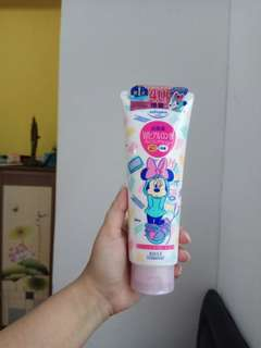 BISA BARTER❤ Kose Disney Minnie Mouse Limited Edition Foaming Facial Wash