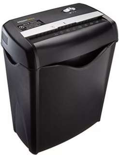 🚚 Paper Shredder Amazonbasic 6 sheet cross cut