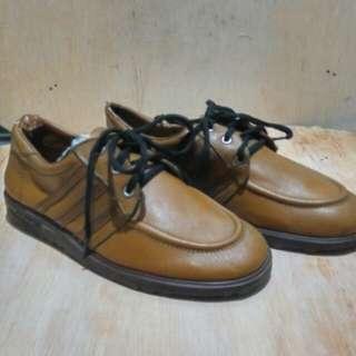 sepatu adidas vintage