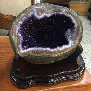 現貨免運費~烏拉圭晶洞29.4kg高36cm寬39cm