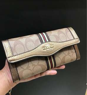 Dompet Gucci and Coach