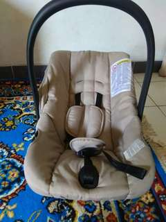 Baby Carrier / Car Seat & Cam Travel