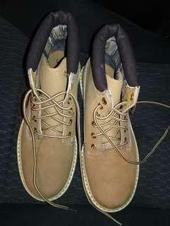 Sketchers shoes, size 7.5