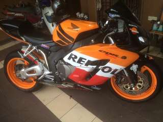 CBR1000RR 🇹🇭 REG THAI 2007 . TIPTOP CONDITION / BUY & RIDE