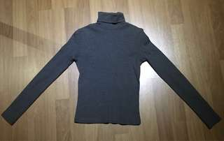 U2 Grey turtleneck with long sleeves