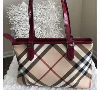 Burberry Check Tote Handbag for Sale! EUC