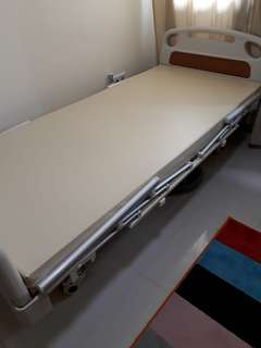Remote 2 Crank Electrical Hospital Bed