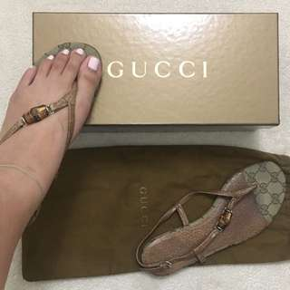 Original Gucci Bamboo Thong Sandals (Size 6)