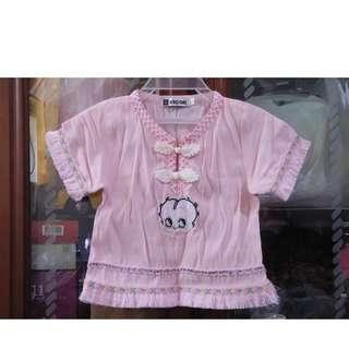 🚚 二手~童裝 粉紅色娃娃 短袖 上衣