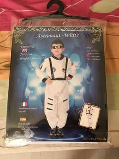 Astronaut Costume Size Large for 6 to 7 years old