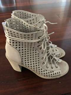 Mollini jimmy shoes white size 38
