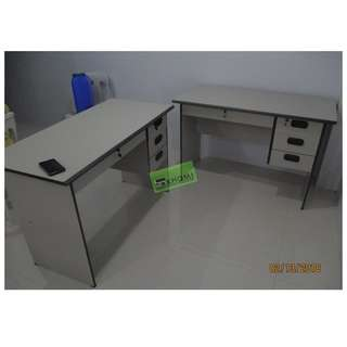 CNC 125C FREESTANDING OFFICE TABLE WITH DRAWERS