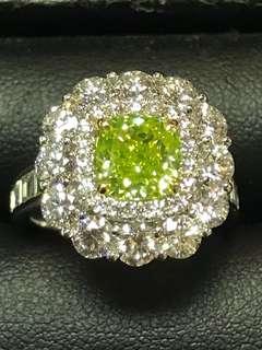 Vivid yellow green diamond