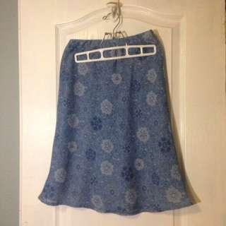 Blue midlength skirt