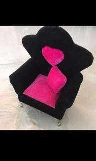 (BNIB) Lush Princess Sofa Jewellery Holder!  Retail: $39.90  L