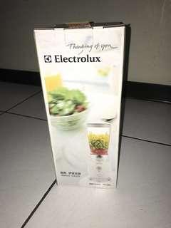 Electrolux 果汁機