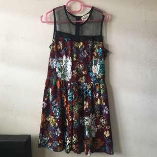 Floral printed dress (vintage brown)