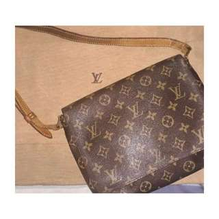 Guaranteed Authentic Louis Vuitton Musette Tango