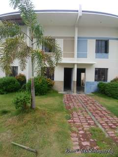 Townhouse in Tanza