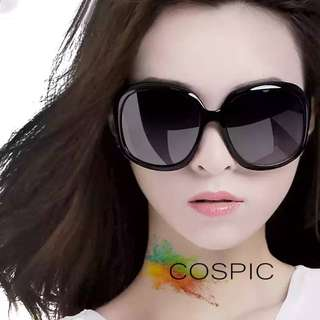 Stylish & Classic Sunglasses ( Big elegant style)