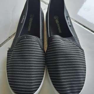 Black Espadrilles Slip-On Loafers