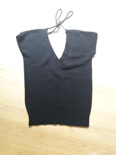 Knitted black top