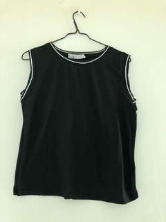 Loose slimming sleeveless out wear tshirt