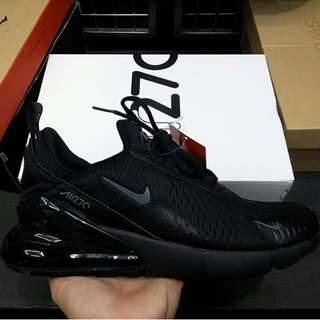 Nike airmax 270 triple black