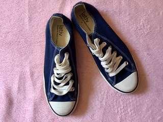 LATIV sneakers