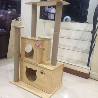 (New!) wood cat tree house scratch pole