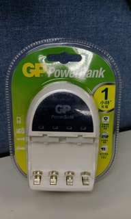 全新 未拆盒 GP AA/AAA 1小時充電器 PB14 (不附電)  原價$176