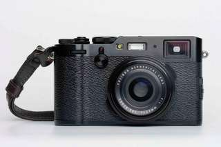 BEST OFFER! Used Fujifilm X100f (black)