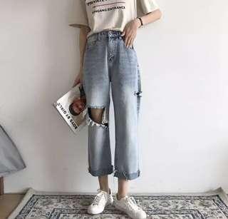 🚚 夏裝韓版寬鬆破洞顯瘦造型牛仔褲百搭休閒九分