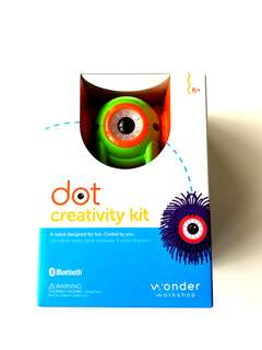 New in box Dot Creativity Kit kids programmable robot