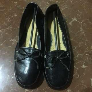 Original Outland black shoes