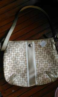 PRE LOVED aunthentic bag