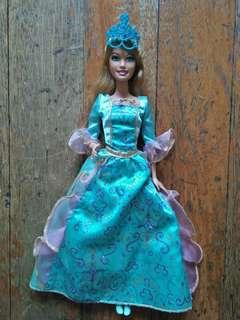 Barbie and the Three Musketeers - Aramina Doll