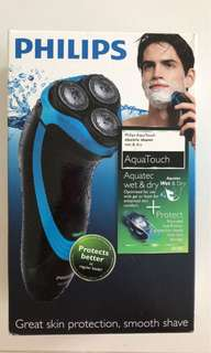 BNIB Philips Aquatouch AT750 Electric shaver groomer
