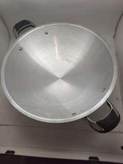 Kuali Aluminium