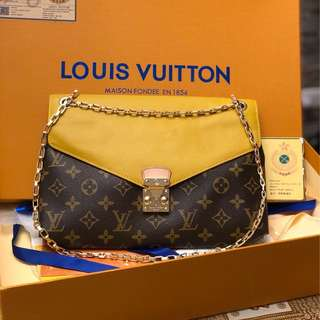 LV CHAIN SLINGBAG