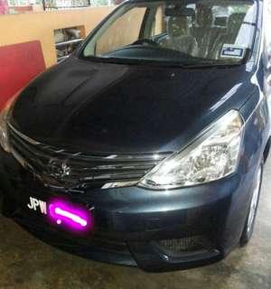 Nissan Livina Grand 1.6 AT