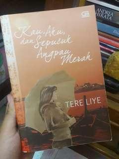 Novel Tere Liye Kau Aku dan Sepucuk Angpao Merah