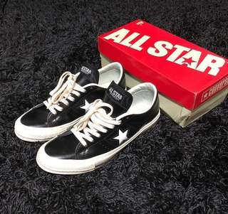 Converse Chuck Taylor One Star Leather Sneakers