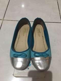 Sepatu Yongki Junior
