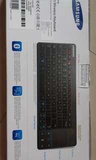 Keyboards wireless Samsung Smart TV. Rarely Used