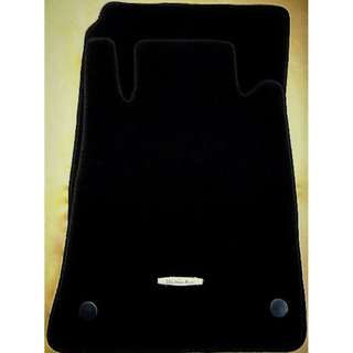 Mercedes-Benz SLK (R171) car mats.