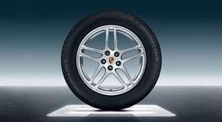 "Macan S Original 18"" Rims with Tyres"