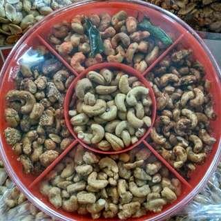 Kacang mede sekat