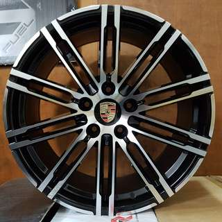 20inch PORSCHE CAYENNE TURBO-S OR MACAN GTS WHEELS
